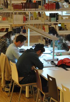 La Biblioteca UCM abre en Navidad (Optoblog)