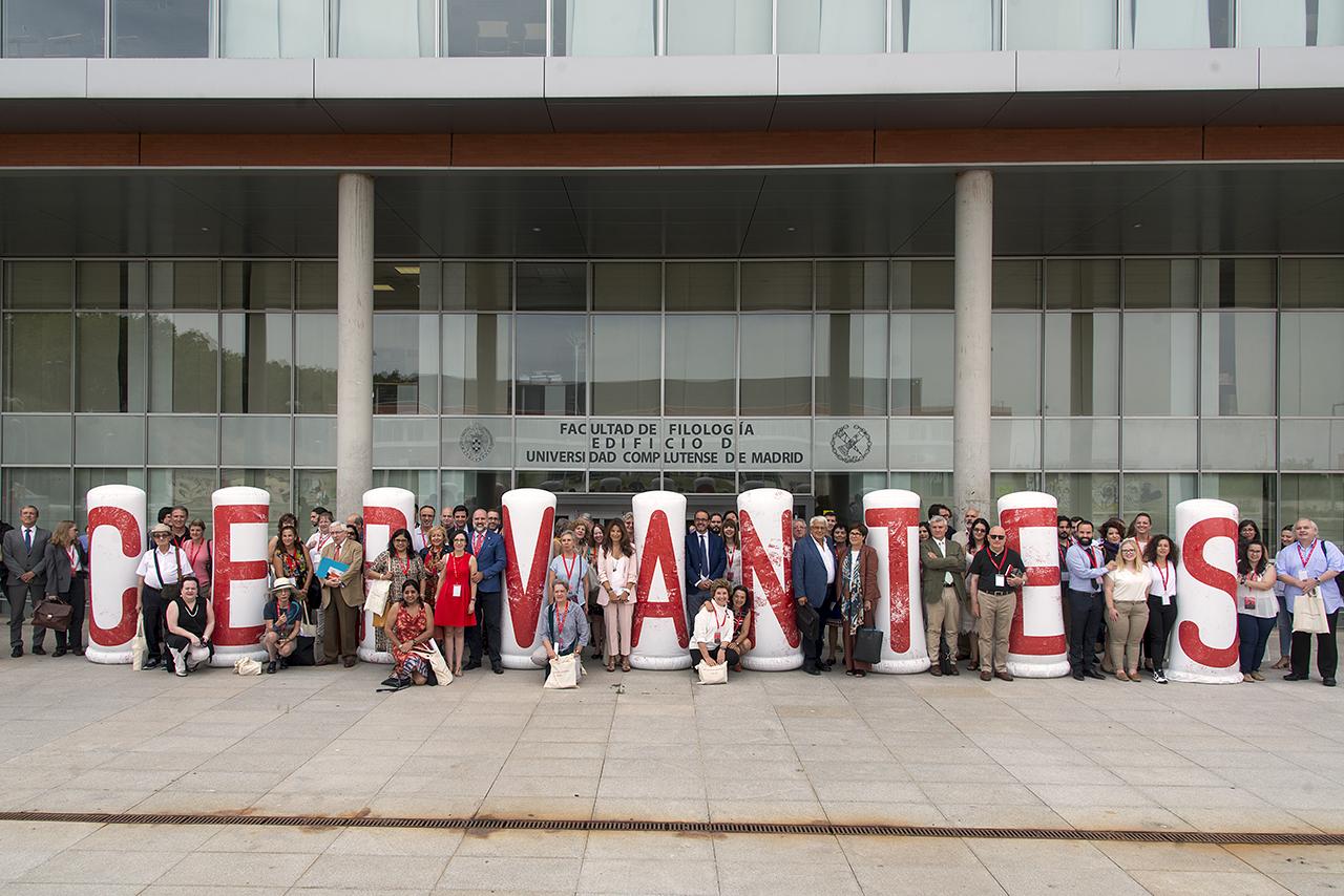 Del 3 al 7 de septiembre la Facultad de Filología acoge el X Congreso  Internacional de la Asociación de Cervantistas. En la inauguración del  Congreso c310f2131ab