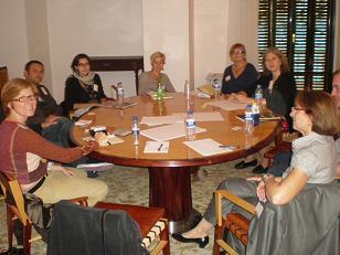Foto de al menos 8 participantes