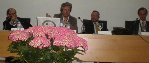 4 ponentes con la intervención de Iñaki Iriondo